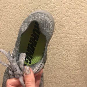Nike Shoes - Nike Athletic Shoes Size 7